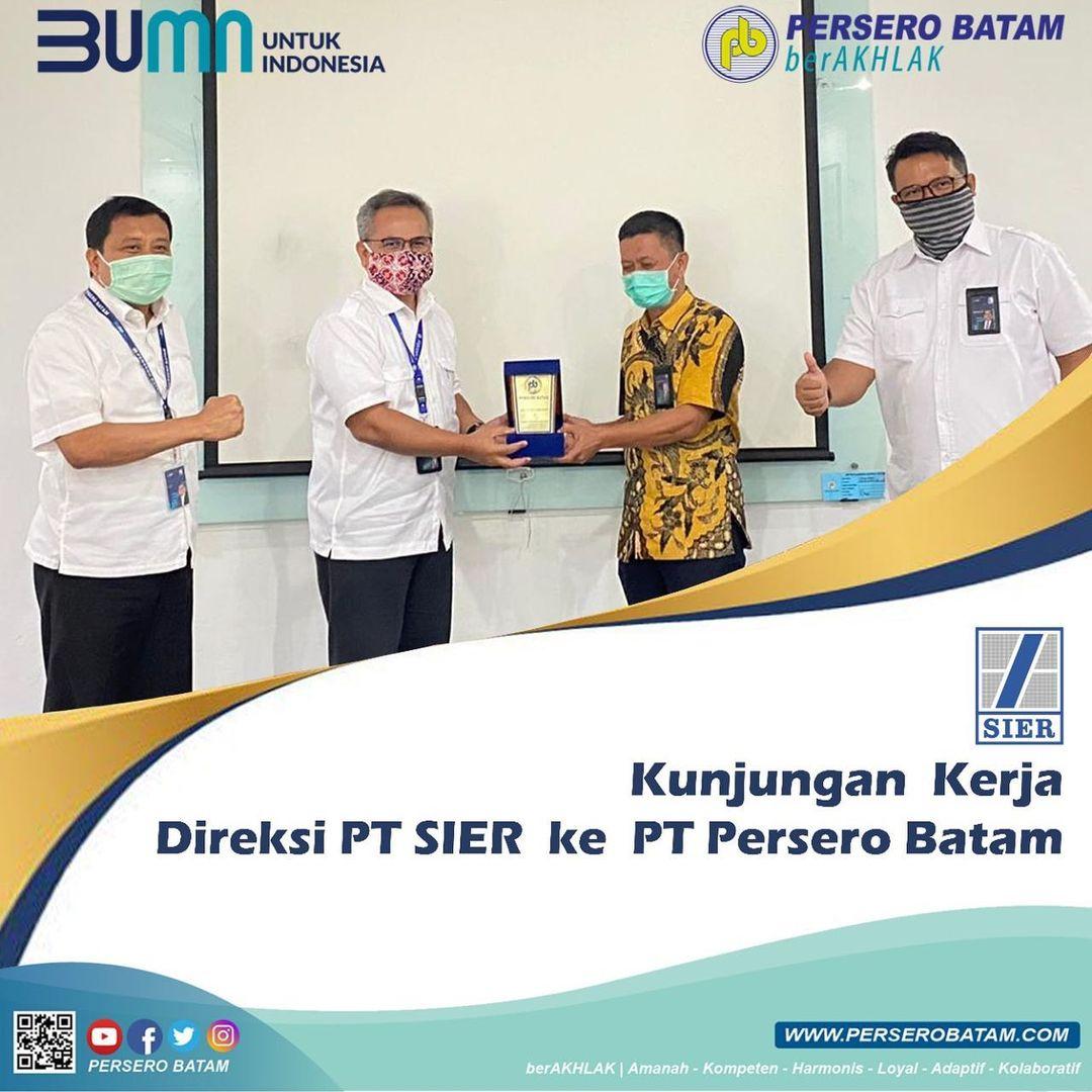 Kunjungan Kerja Direksi PT SIER ke PT Persero Batam